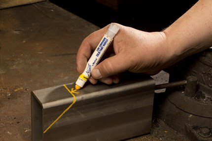 Nissen Low Corrosion Solid Paint Marker Application Shot
